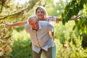 Neu verlieben im Alter und den zweiten Frühling erleben