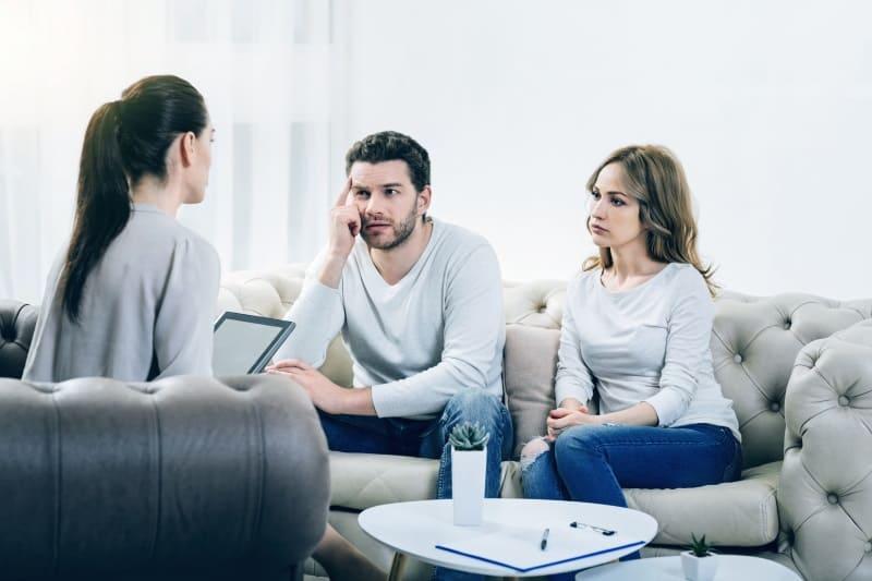 Die Vor- und Nachteile einer Paartherapie bei Ihnen zu Hause