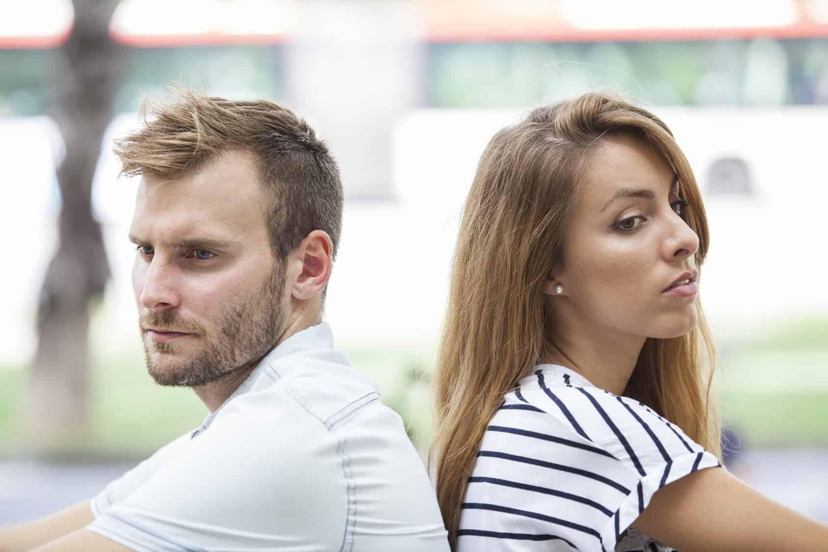 Ist es klug, Probleme in der Beziehung zu verdrängen?